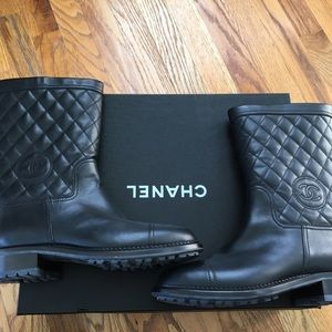 CHANEL Shearling Lined Lambskin Boots NWOT